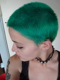 Simple buzz cut with nice color. Hair Color And Cut, Haircut And Color, Cut My Hair, Short Punk Hair, Short Hair Cuts, Short Hair Styles, Hair Inspo, Hair Inspiration, Buzzed Hair