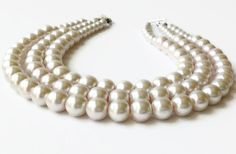 Can customzie. WAYYY cheaper than other items just like it. Chunky Pearl Necklace, Multi-strand Pearl Necklace, Pearl Statement Necklace, Chunky Pearl Statement Necklace, Three Strand Pearl Necklace