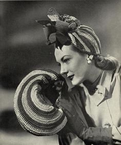 1940s 'Carmen' tilt hat with matching bag c. от SubversiveFemme