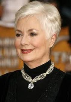 Shirley Jones (31 de marzo de 1934),