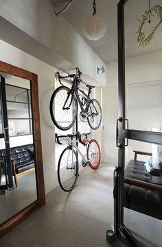 O邸 オーセンティックな味わいのある家 | DIY | エントランス | サイクリング | マンション | 仕事 | 料理 | 音楽 | WORKS | RE:FACTORY(アールイーファクトリー)広島のリノベーション