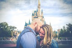 Loving these engagement photos in Disney World.