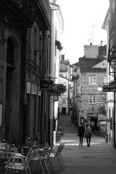 Tarde de otoño en la Rúa daRaiña, #Santiago de Compostela, #Galicia. #cascohistoricodesantiago