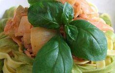 Kokeile maukasta kylmäsavulohipastaa kermakastikkeessa.