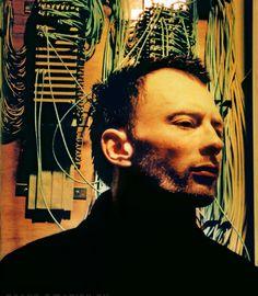 Thom Yorke - #Radiohead - Japan, 1998 - Crossbeat