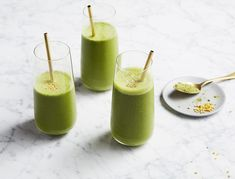 This delicious green smoothie is a nutritional powerhouse, making it an easy detox breakfast. Green tea offers and energy boost, ginger helps fight inflammation, coconut water is great for hydration, and tocos (a superfood derived from organic brown rice bran) is an incredible source of vitamin E, which supports for healthy muscle function and glowing skin.