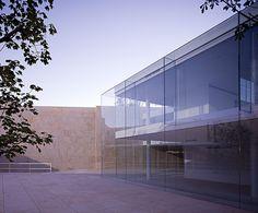 The Oficinas Zamora by Estudio Campo Baeza. Beautiful transparancy.