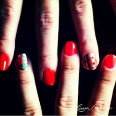 african-inspired manicure #LaurenConrad