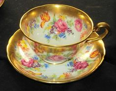 ROYAL CHELSEA PINK ROSE TULIP BOUQUET GOLD WIDE TEA CUP AND SAUCER