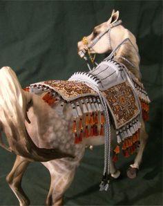 Model Horse: Arabian Native Costume - the color scheme enhances his dapple gray coat