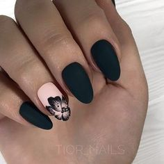 Black Nails and Flower