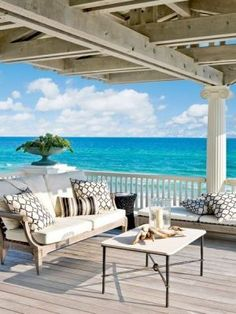 65 beach verandas and terraces, Beach house. You absolutely must have some kind of veranda if you have a beach house. Beautiful Beach Houses, Dream Beach Houses, Beautiful Homes, Beautiful Beaches, Beautiful Space, Coastal Homes, Coastal Living, Coastal Decor, Beach Homes