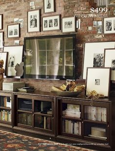 Pottery Barn shares room decorating ideas and room décor ideas to try out on your own home. Browse our room gallery and find the perfect room setup. Home Living Room, Living Room Decor, Living Spaces, Barn Living, Style At Home, Media Room Decor, Media Rooms, Muebles Living, Home Projects