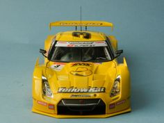 Nissan GTR R-35 YellowHat YMS TOMICA ´08 P.T. - tamiya 1/24
