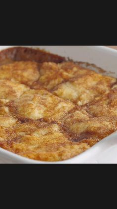 Sweet Desserts, Easy Desserts, Delicious Desserts, Yummy Food, Apple Recipes, Cake Recipes, Apple Dessert Recipes, Rhubarb Recipes, How Sweet Eats