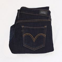 LEVI'S - 535 - Legging Dark wash skinny jeans (legging style) & gold-yellow seem lines. Practically brand new! ❌TRADES❌ Levi's Jeans
