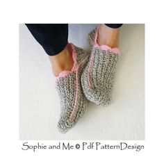 Ravelry: Ribbed Slipper Pocket Socks pattern by Ingunn Santini