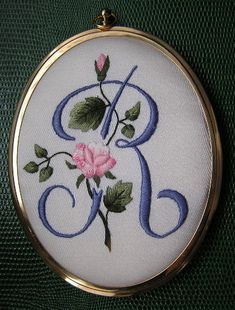 Wonderful Ribbon Embroidery Flowers by Hand Ideas. Enchanting Ribbon Embroidery Flowers by Hand Ideas. Embroidery Letters, Hand Embroidery Flowers, Silk Ribbon Embroidery, White Embroidery, Hand Embroidery Designs, Embroidery Art, Embroidered Flowers, Embroidery Stitches, Easter Crochet Patterns