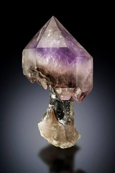 Quartz var. Amethyst Scepter - Petersen Mountain, Nevada, USA Size: 12 cm high