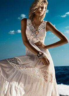☯☮ॐ American Hippie Bohemian Style ~ Boho Summer white maxi dress Gypsy Style, Hippie Style, Bohemian Style, Bohemian Fashion, Bohemian Clothing, Bohemian Beach, Hippie Bohemian, Fashion Moda, Look Fashion