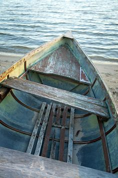 """Apparently Hemingway rowed a boat just like this one across Walloon Lake to transport his new bride, Hadley Richardson, to their honeymoon cottage. The moment is memorialized in the Nick Adams story """"Wedding Day. Hadley Richardson, Honeymoon Cottages, Nick Adams, American Literature, Ernest Hemingway, Great Stories, Lake Michigan, The Row, Boats"""