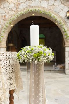 Allow us to help you make your morning wonderful with the use of stimulating Unity Candles for Wedding, looking for a valuable token specifically for your sacred occasion. Church Wedding Ceremony, Church Wedding Decorations, Ceremony Decorations, Flower Decorations, Wedding Venues, Wedding Programs, Church Flower Arrangements, Church Flowers, Gardens