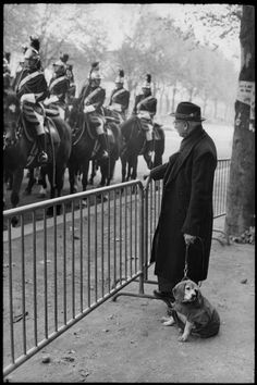 © Henri Cartier-Bresson/Magnum Photos FRANCE. Paris. Champs-Elysées. 1968. November 11 Parade. Garde républicaine (French Republican Guard)
