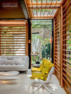 elevated home to avoid any earthworks, designed by David Bastos in Brazil Patio Design, Exterior Design, Interior And Exterior, House Design, Interior Architecture, Beautiful Homes, Living Spaces, Modern Design, Sweet Home