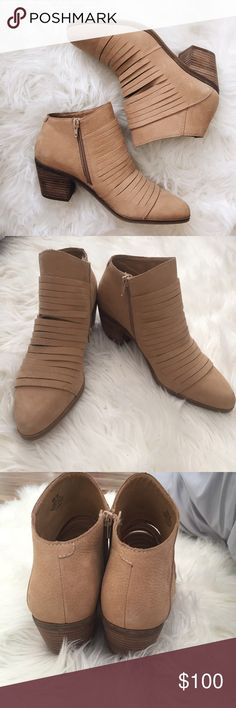 Lucky Brand Booties New Without Tags LuckyBrand Taupe booties! Size 8M/38✨ Lucky Brand Shoes Ankle Boots & Booties