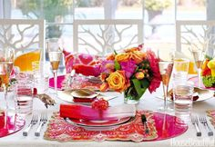 Superbly Colorful Table Layout Idea