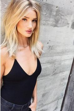 Rosie Huntington-Whiteley wearing Mara Carrizo Scalise Silver Box Chain Choker and Reformation Bella Bodysuit