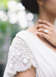 These scalloped sleeves: