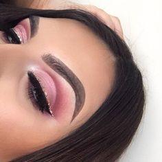 Wasn't originally supposed to be a #valentines look but it works _____________________________________________ Brows: #abhdipbrow dark brown @anastasiabeverlyhills Shadows: M-816 & D-846 @makeupforeverofficial Pigment: twirl @occmakeup Liner: black liquid liner @makeupstudiouk Glitter: beige @occmakeup and two way gel @makeupstudiouk Lashes: fluff it @leilashuk _____________________________________________ #minklashes #goals #anastasiabeverlyhills #glitter #vday #wakeupandmakeup #hud...