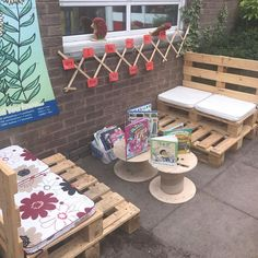 Adding to the outdoor reading area daily - Modern Forest School Activities, Eyfs Activities, Nursery Activities, Indoor Activities, Summer Activities, Family Activities, Outdoor Learning Spaces, Outdoor Play Areas, Eyfs Outdoor Area Ideas