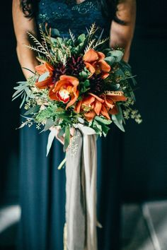 teal and orange, love the colour combo. A much smaller version of this for the bridesmaids would be lovely
