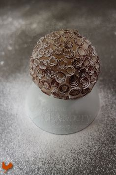 The beautiful pastry from the French Master Cédric Grolet (Meurice Hotel in Paris), made with Passion fruit and Coco curls #foodie #foodporn #pastry #cuisine #food #foodies #french #frenchfood #frenchcuisine #frenchpastry #gourmet #gourmetfood #dessert #desserts #elegantdesserts #passion #coconut #plateddessert #plateddesserts #dessertassiette #cedricgrolet @cedricgrolet http://www.cuisinedaubery.com/recipe/le-pompom-coco-cedric-grolet/