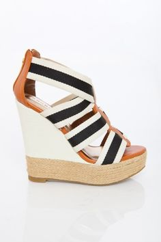 perfect summer wedge that will go with everything