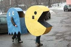 Pacman Goes Moscow - English Russia Pacman Ghost Costume, Pac Man Costume, Costume Halloween, Yoshi, How To Make Ghosts, Manly Party Decorations, Pac Man Party, Fancy Dress, Costumes