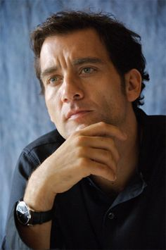 Clive Owen. Yes, sit and contemplate you beautiful darling. . . you stare in to space and I'll stare at you, ok?