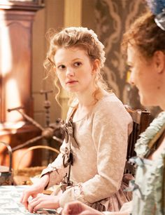 """Screenshot of Meegan Warner as Mary Woodhull in """"TURN"""" - She reminds me of Elizabeth Ryder: not only in terms of appearance, as I'd said before, but also because she is a woman with secrets. Familial secrets, marital secrets...troubles she could not bring herself to disclose even to her most trusted friends."""