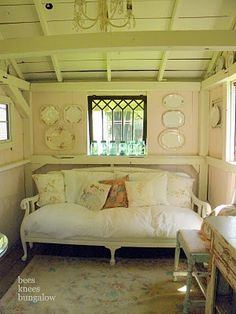 Still dreaming of a garden shed/office... of course! me too!!!
