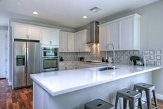 Kitchen Staged by Revamp Professional Home Stagers #homestaging #homestagingscottsdale #homestagingPhoenix #realestatescottsdale #realestatephoenix #getrevamped #transitional #stagedtosell  Revamp Professional Home Stagers  http://www.getrevamped.com
