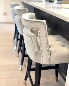 These counter stools from are so gorgeous! They stopped me dead in my tracks when I saw them. Kitchen Stools With Back, Bar Stools With Backs, Stools For Kitchen Island, Kitchen High Chairs, High Back Bar Stools, High Stool, Bar Kitchen, Kitchen Islands, Island Chairs