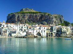 * Cefalu'- Palermo - Sicilia   Link Facebook: https://www.facebook.com/pages/BB-Teatro/582928635134697