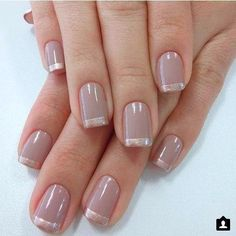 This is an awesome variation of the French manicure and is super easy to achieve Glitter nails with gold striping (you can mix and match the nail polish colors you want to use depending on what you're going to wear) are perfect for any gala event, - # Glitter Tip Nails, Gold Nails, Elegant Nails, Stylish Nails, Cute Nails, Pretty Nails, Milky Nails, French Tip Nails, Manicure E Pedicure
