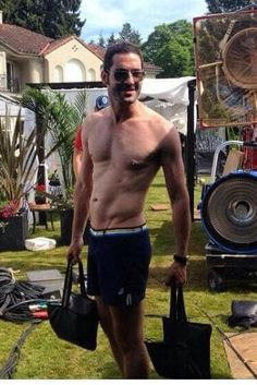 Tom Ellis Lucifer, Tv Actors, Im In Love, Handsome, Lol, Bury, Devil, Entertainment, Babies