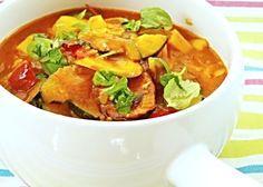 20 nejlepších receptů z cukety | ReceptyOnLine.cz - kuchařka, recepty a inspirace Guacamole, Thai Red Curry, Mexican, Ethnic Recipes, Food, Red Peppers, Koken, Meals, Yemek