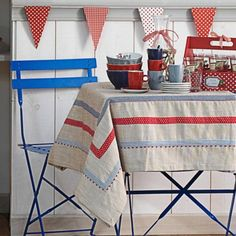 25 Best Summer Tablecloth Ideas For A Meal Outdoors | Shelterness