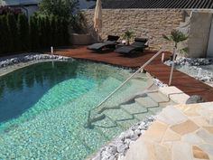 Natural Pool: 9 Myths Contested – Garden, Pool Design - All For Herbs And Plants Natural Swimming Ponds, Natural Pond, Swimming Pools Backyard, Pool Landscaping, Backyard Ponds, Diy Pool, Dream Pools, Cool Pools, Pool Houses