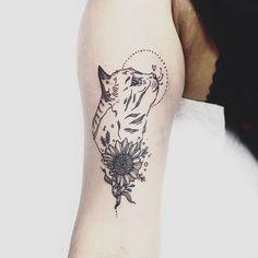 Anyone is a cat lover here? Lets be real, Who doesn't? ❤️ Done at @stainedinpaintattoos // Alguien aquí ama los gatos? Bueno, quien podría no amarlos? ❤️